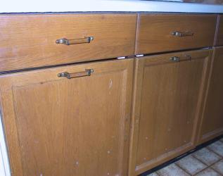 under sink cabinets